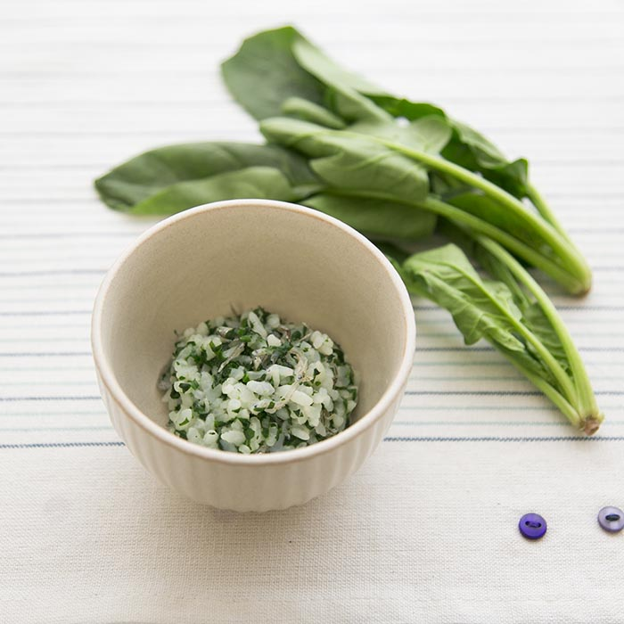 【離乳食後期】青菜とちりめん粥