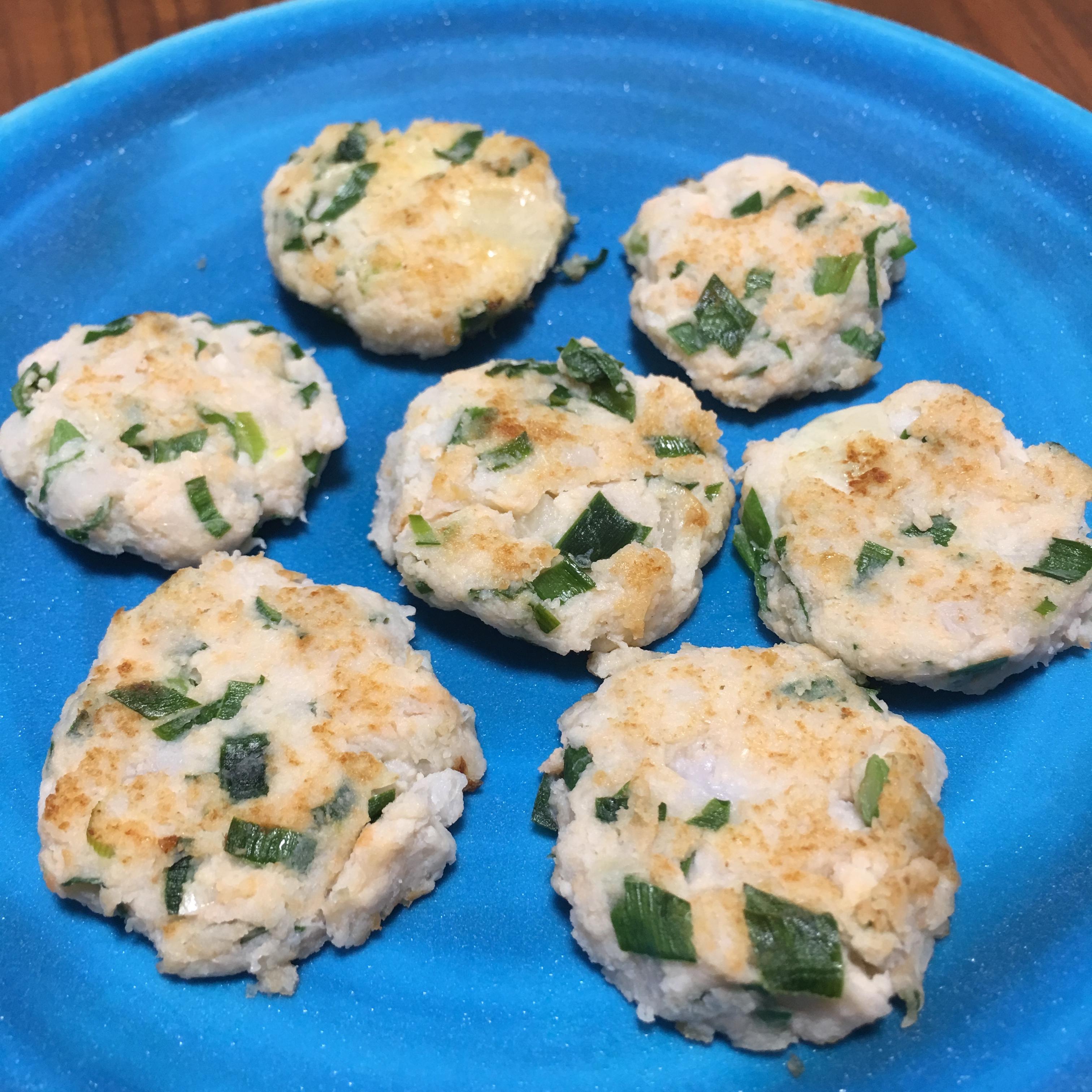 【離乳食完了期】鮭と里芋のニラチーズお焼き