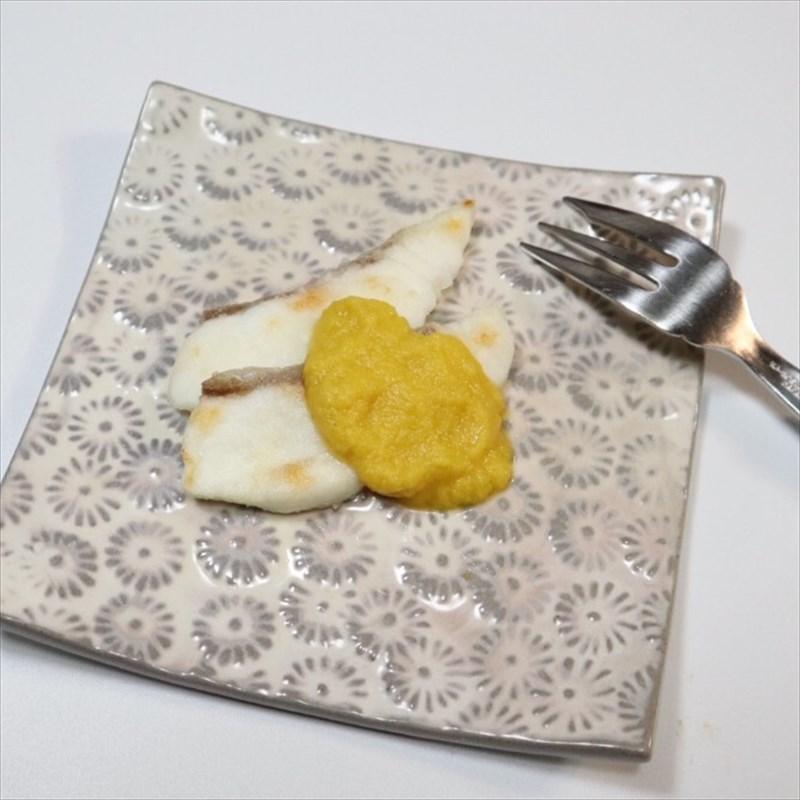 【離乳食後期】白身魚のムニエル、コーンソースがけ
