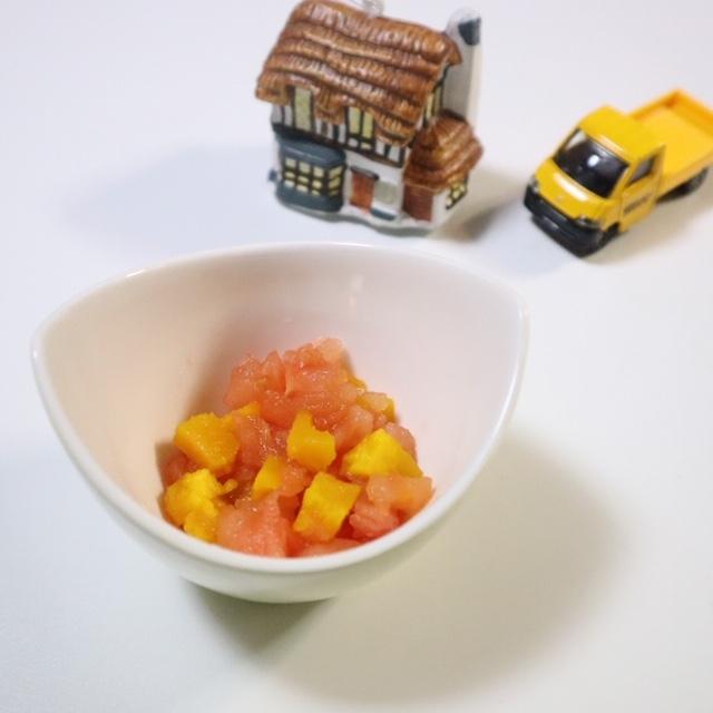 【離乳食中期】トマトとかぼちゃのサラダ
