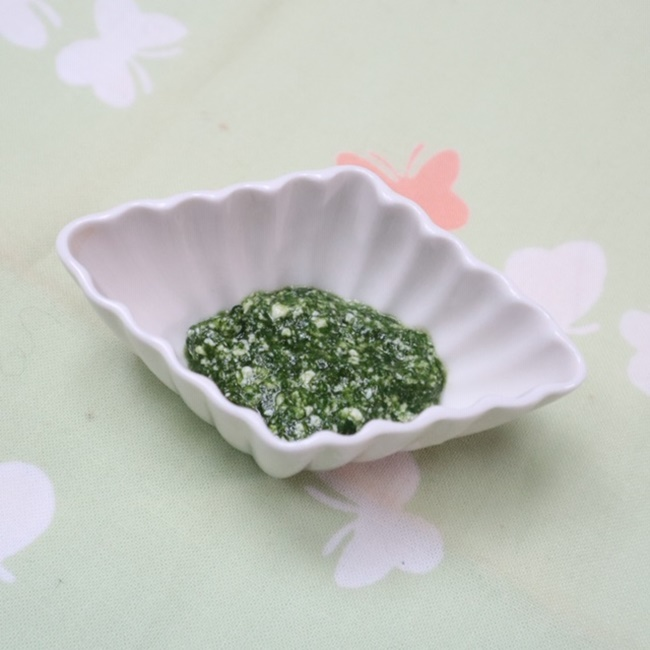 【離乳食初期】小松菜の白あえ