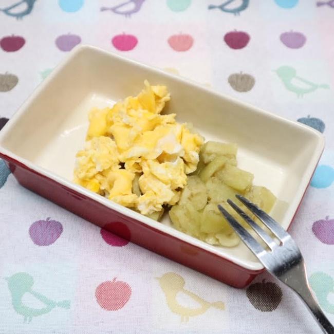 【離乳食後期】蒸しなすと炒り卵