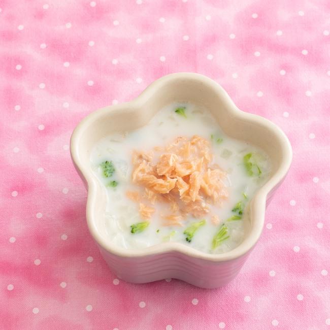 【離乳食後期】鮭のグリーンソース