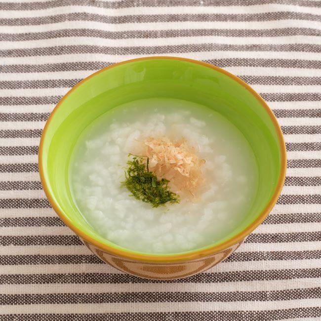 【離乳食中期】青のりとかつお節のおかゆ