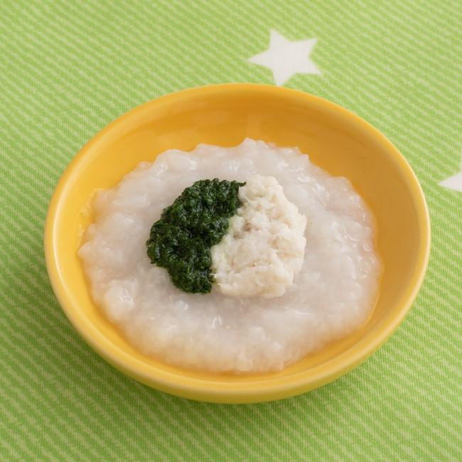 【離乳食初期】ほうれん草と鯛のおかゆ