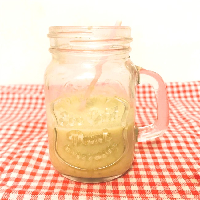 【離乳食初期】きなことバナナのミルクスムージー