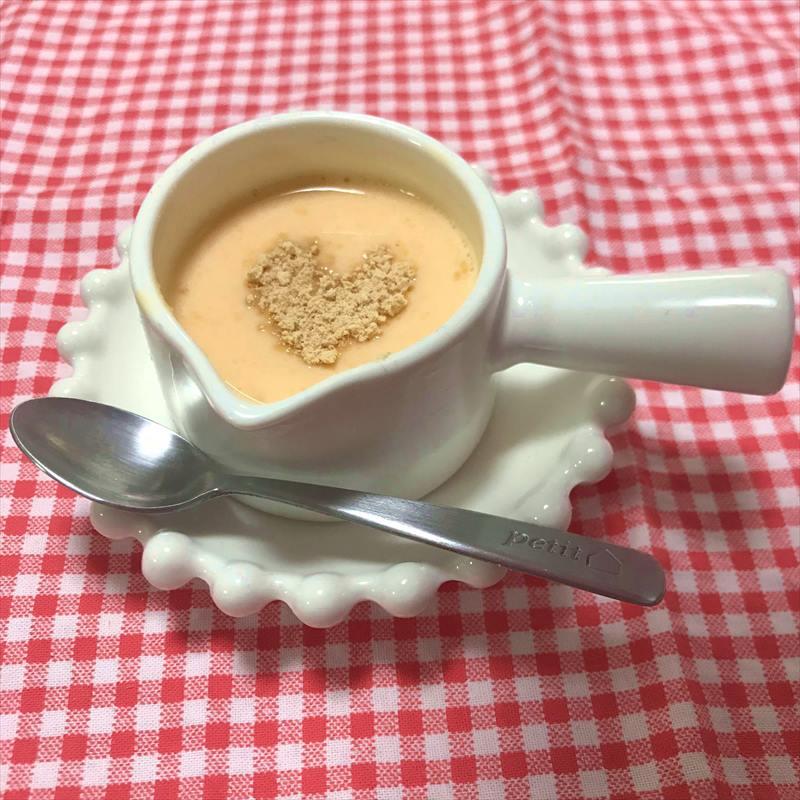 【離乳食初期】きなことにんじんのミルクパン粥