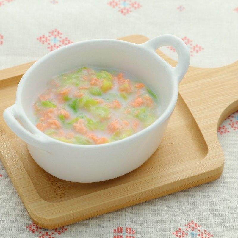 【離乳食後期】白菜と鮭のクリーム煮