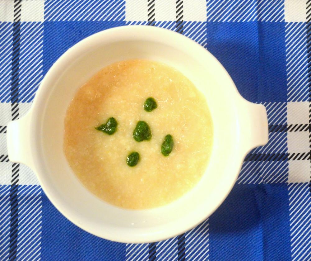 【離乳食初期】玉ねぎと小松菜のうどん粥