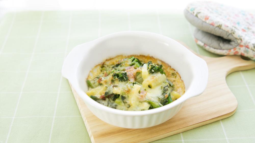 菜の花とじゃが芋のチーズ焼き