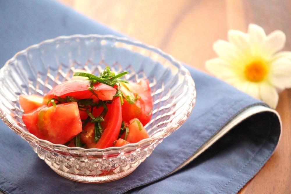 トマトと大葉のすし酢サラダ
