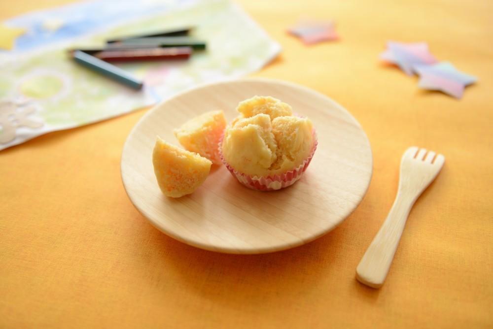 【離乳食完了期】りんごと人参の蒸しパン