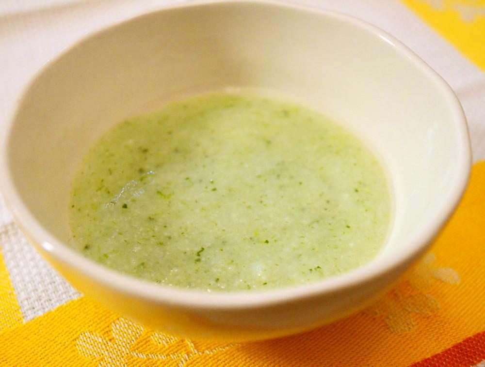 【離乳食初期】ほうれん草のおかゆ