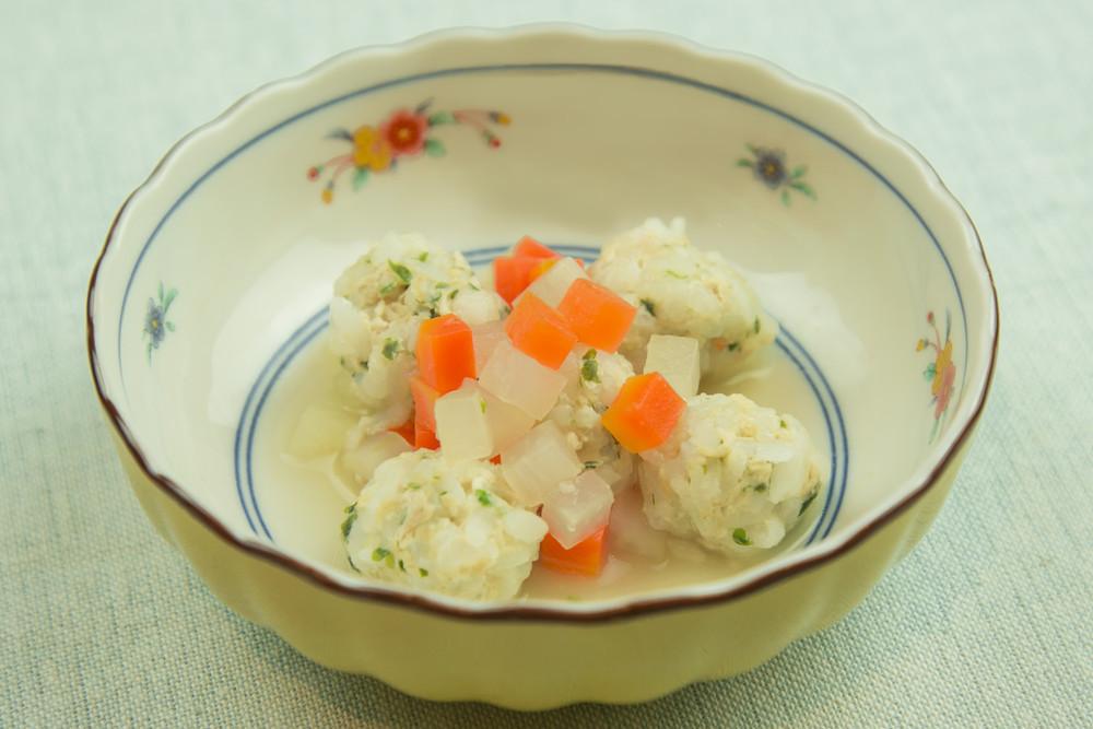 【離乳食9〜11カ月】ご飯肉団子