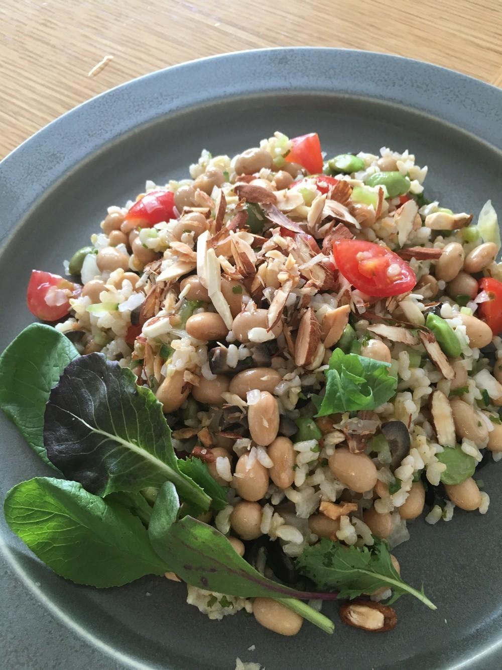 玄米とお豆のライスサラダ